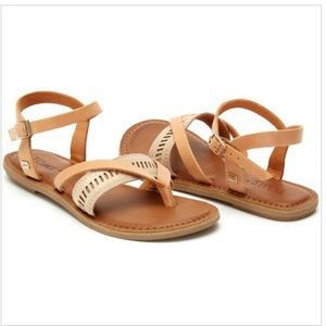 TOMS Lexie Strappy Sandal in Shimmer Sand